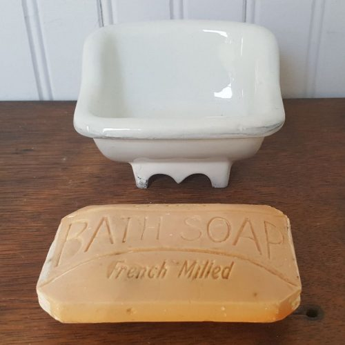Miniature Bath Fixtures 16