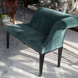 Modern settee with a nice retro look.